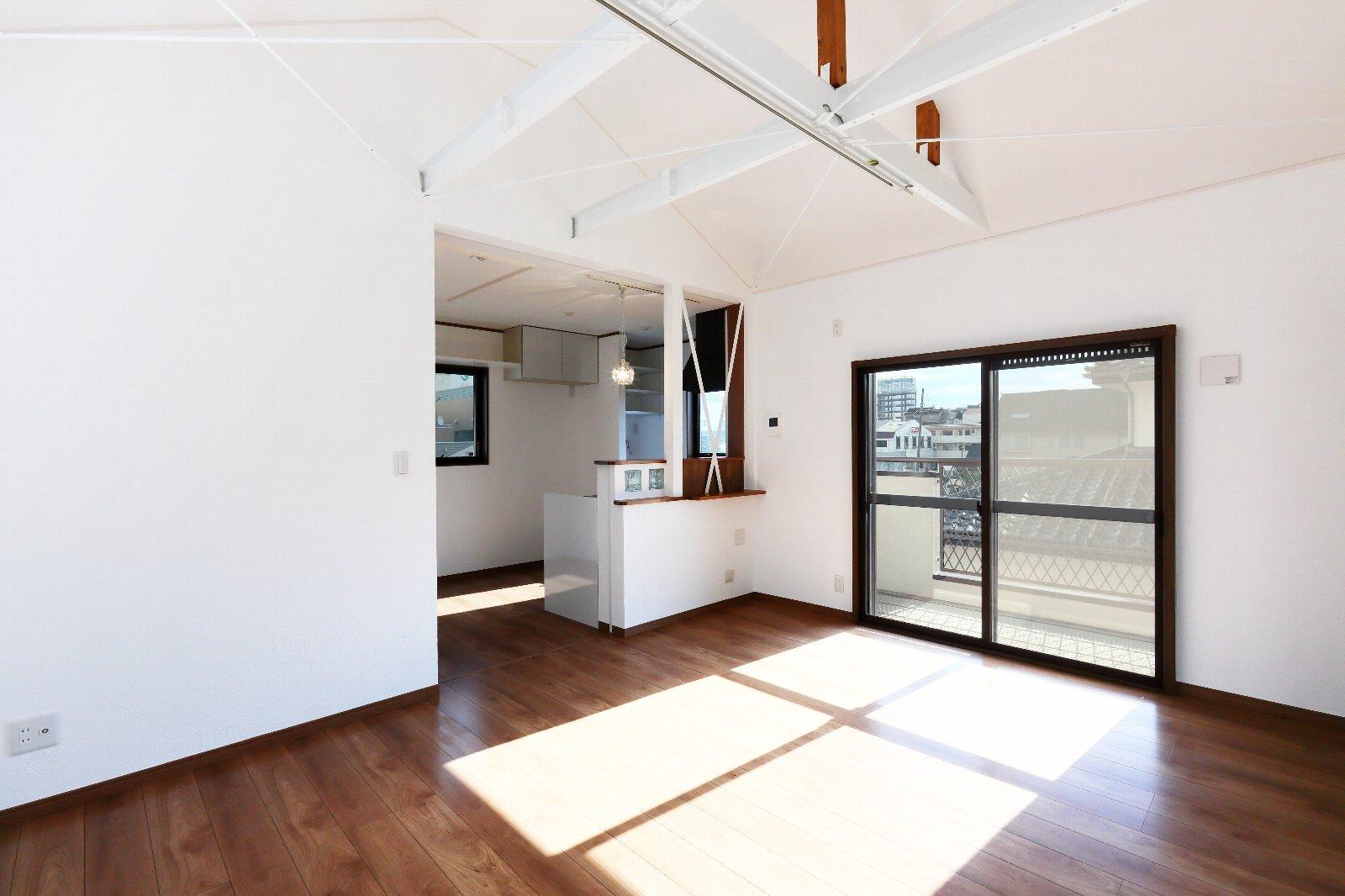 ハウスメーカー系鉄骨住宅の増築&二世帯全面リフォーム