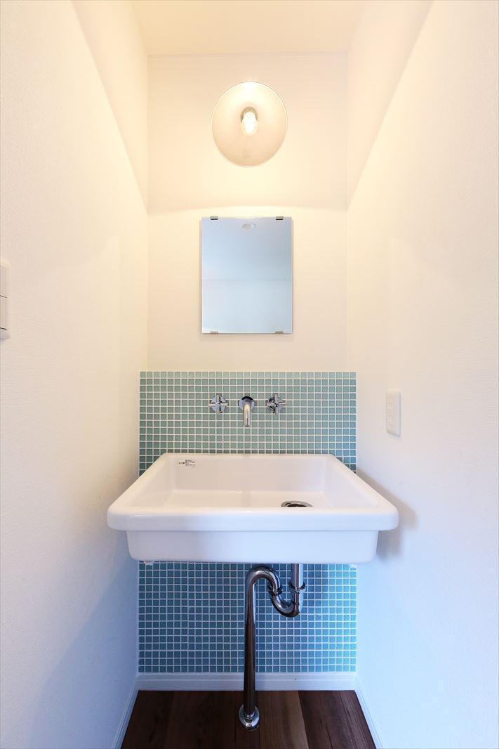 造作洗面 実験室 シンク モザイクタイル