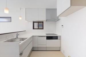 作業スペースが広いキッチン